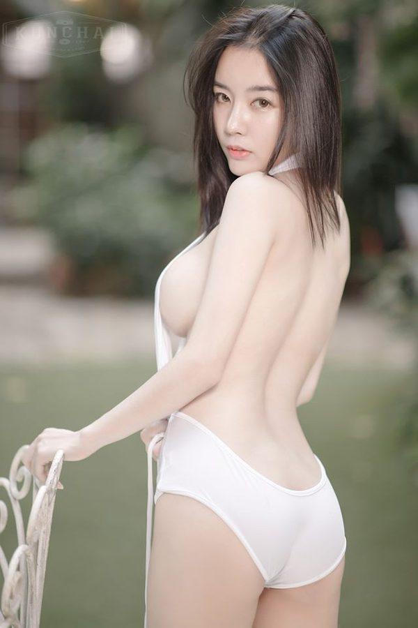 สาวหน้าหนาว ขาวโอโม่